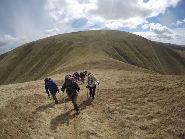 Guided Howgill Fells 2000s challenge walk | TeamWalking